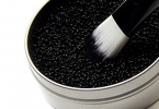 why you should clean your makeup brush
